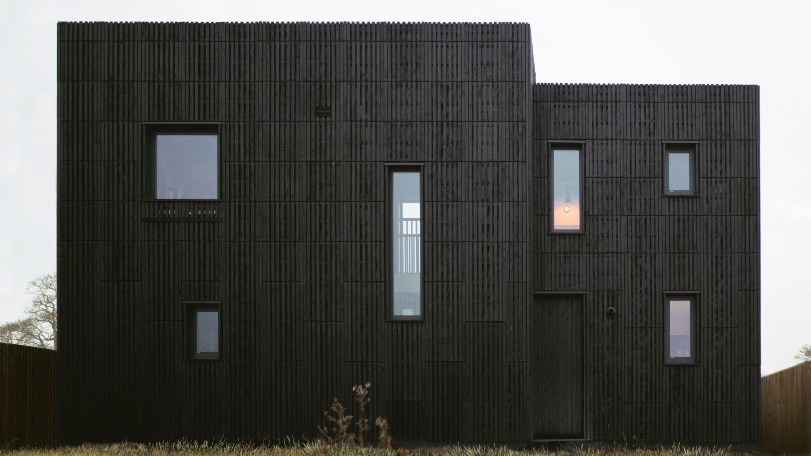 Studio_Bark_U-Build_Box_House_L-(36)_1.jpg
